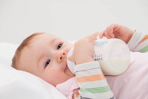 Làm thế nào để hâm sữa mẹ đúng cách?