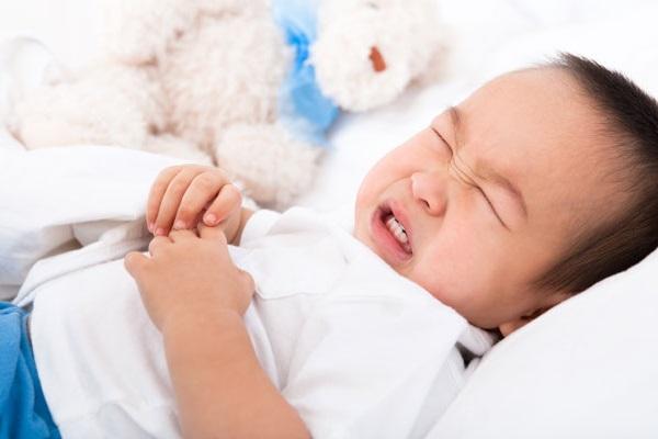 Làm thế nào để ngăn ngừa bé bị ngộ độc?