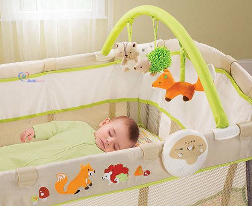 Mẹo hay giúp mẹ chọn nôi cho bé sơ sinh chất lượng và an toàn