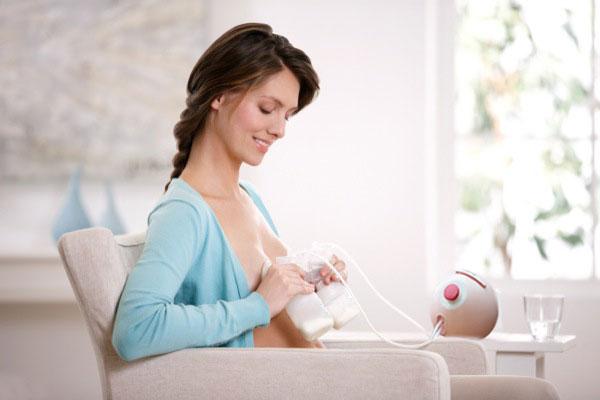 Mua máy hút sữa spectra dew 350 giúp mẹ nuôi con hoàn toàn bằng sữa mẹ