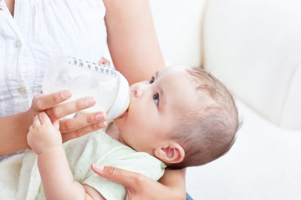 Mua máy tiệt trùng bình sữa cho bé chất lượng ở đâu tại TP.HCM?