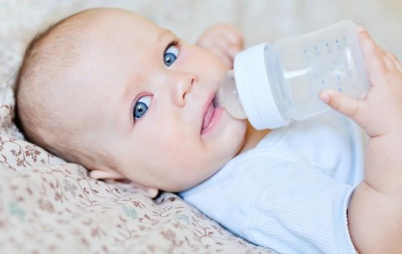 Những lưu ý quan trọng trong cách làm nóng sữa mẹ