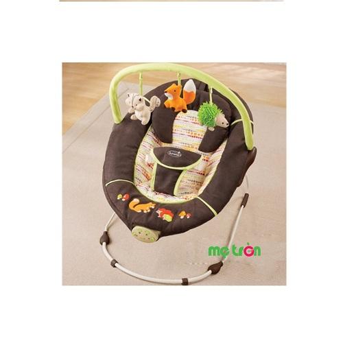 Ghế rung Summer Safari (01803) và Fox & Friends (01813) với chế độ rung nhẹ nhàng, cùng với các đồ chơi treo phía trên bắt mắt, dễ thương, giúp bé thích thú nằm chơi. Chất liệu êm ái, thoáng khí mang đến sự dịu dàng cho bé yêu.