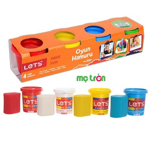 Bột nặn let's 4 màu L-8240 là sản phẩm mang thương hiệu từ Thổ Nhĩ Kỳ, nó khác hoàn toàn với loại đất sét nặn vì chúng được làm từ 100% thành phần bột mì và màu tự nhiên, không gây dính tay và quần áo bé. Đây sẽ là đồ chơi trẻ em an toàn tuyệt đối, thích hợp sử dụng cho bé từ 3 tuổi trở lên.