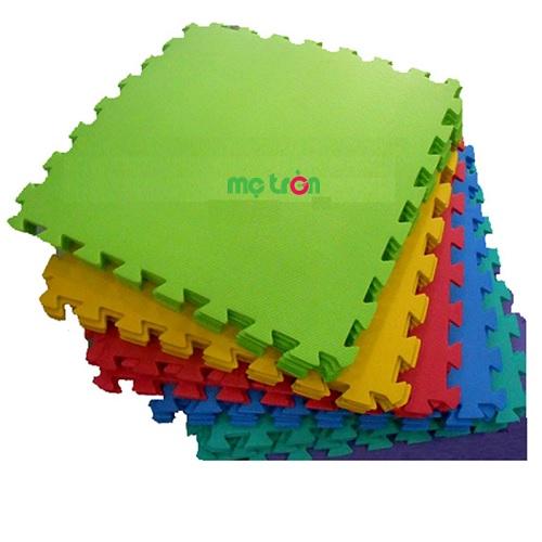 Thảm xốp lót sàn dạng miếng rời khổ 30cmx30cmx1cm được sản xuất từ chất liệu xốp an toàn và êm ái với nhiều màu sắc khác nhau sẽ mang đến cho bé của mẹ một không gian chơi thật an toàn và thoải mái.