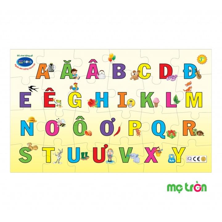 Bé học chữ vui cùng Winwin Toys là sản phẩm đồ chơi cho bé giúp bé có thể học trong lúc chơi, rèn luyện trí nhớ. Sản phẩm là những hình ảnh ngộ nghĩnh và các chữ cái đầy màu sắc mang đến cho bé một trò chơi mà giúp bé làm quen nhanh hơn với mặt chữ cái. Bé có thể sử dụng đồ chơi gỗ này để lắp các mảnh gỗ vào đúng vị trí giúp bé phát triển tư duy và sự khéo léo.