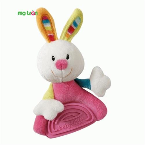Ngậm nướu hình chú thỏ Brevi BREC151435 là sản phẩm mang thương hiệu từ Ý với thiết kế hình chú thỏ độc đáo kèm tiếng kêu lách cách sẽ thu hút sự chú ý của bé. Sản phẩm còn giúp bé trong việc phát triển nướu răng một cách an toàn, mang đến cảm giác thích thú hơn cho bé. Ngậm nướu thích hợp sử dụng cho trẻ từ 3 tháng tuổi trở lên.