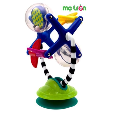 Trục quay lục lạc Sassy-80051 với 4 hình trò chơi được nằm trên trục quay, khi chơi phát ra những âm thanh vui nhộn từ các đồ chơi, giúp bé khám phá và tăng kích thích việc chơi và học của trẻ. Sản phẩm được làm từ chất liệu an toàn theo tiêu chuẩn của Mỹ nên bạn có thể hoàn toàn yên tâm khi sử dụng cho con mình.