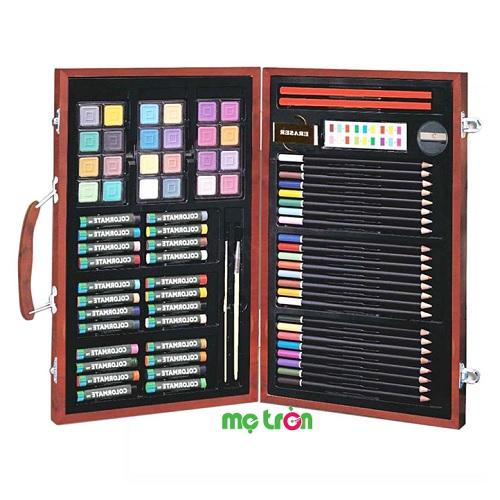 <p>- Bút màu hộp gỗ M83 Colormate được làm từ chất liệu cao cấp an toàn, không độc hại cho bé. - Cho chất lượng màu đẹp và sống động để bé thỏa sức sáng tạo. - Kích thích khả năng sáng tạo vô tận của bé.</p>