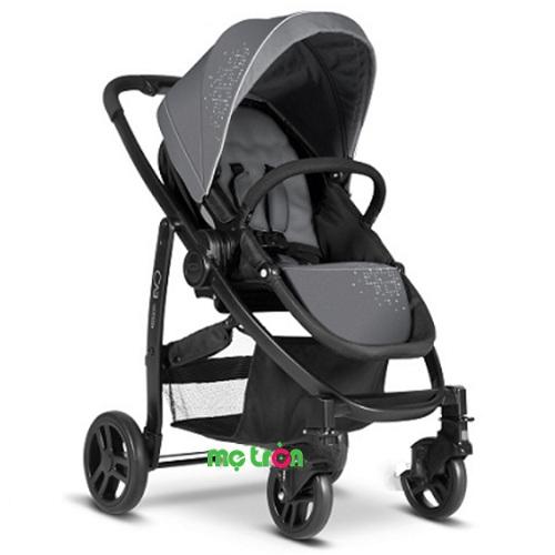 <p>Xe đẩy em bé sang trọng Graco Evo GC-6AG99 là dòng xe đẩy thuộc một trong những thương hiệu hàng đầu tại Mỹ, với những ưu điểm vượt trội chắc chắn sẽ làm bạn hài lòng. Sản phẩm được thiết kế cải tiến mới nhất với những tính năng thông minh của Graco mang lại sự an toàn tuyệt đối khi sử dụng. Xe đẩy di chuyển êm ái, nâng niu trẻ khi di chuyển cùng bố mẹ hay kể cả trong giấc ngủ.</p>