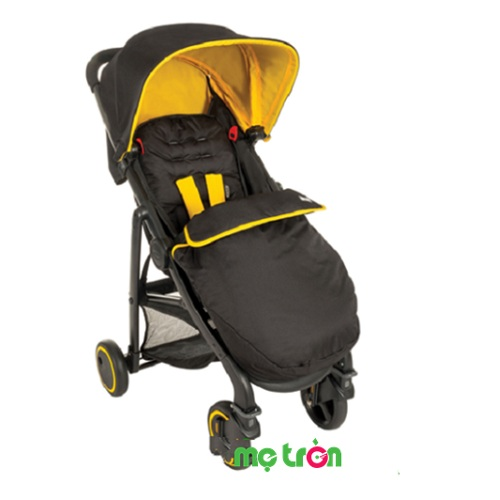 <p>Xe đẩy cho bé Graco Blox màu vàng đen được thiết kế với 2 màu sắc nổi bật vô cùng bắt mắt, thích hợp với bé sơ sinh và trẻ nhỏ. Xe đẩy được thiết kế đặc biệt giúp bảo vệ, che chắn tối đa cho bé khi đi ra ngoài. Đặc biệt có thể sử dụng tốt vào mùa đông và cho bé sơ sinh cần tránh những yếu tố tác động trực tiếp từ môi trường bên ngoài nên được rất nhiều các bà mẹ trên thế giới lựa chọn.</p>