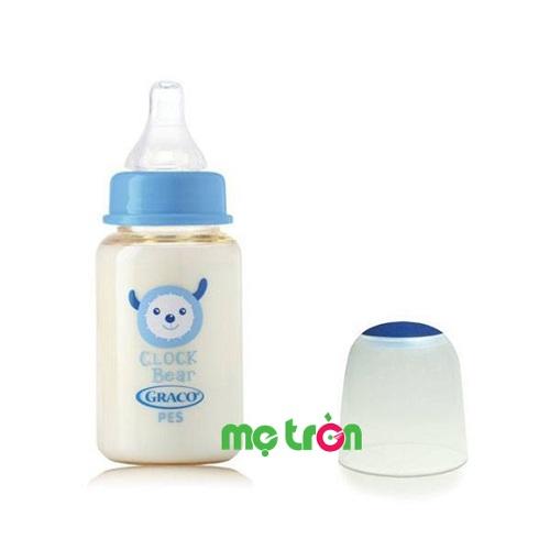 Bình sữa Graco PES 120ml (cổ chuẩn – GC38508) được làm từ chất liệu nhựa PES an toàn, thân thiện và không độc hại, nhẹ, không chứa BPA gây hại cho sức khỏe của bé. Ngoài ra, bình sữa nhựa rất nhẹ, dễ sử dụng và tiện lợi để mang theo mỗi lúc đưa bé đi chơi.