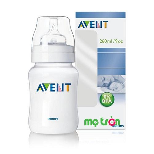 Bình sữa Philips Avent PP 260ml đơn chống sặc (SCF683/17) là sản phẩm bình sữa được làm từ chất liệu silicone chất lượng, không chứa các thành phần gây hại cho sức khỏe của bé. Núm ty thông khí có kiểu dáng tự nhiên và dòng sữa được điều chỉnh theo tốc độ mút như khi trẻ bú.