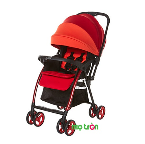 <p>Xe đẩy trẻ em hai chiều Fedora S1 màu xanh lá và đỏ là sự lựa chọn tuyệt vời cho những bà mẹ trẻ vì tính năng cơ động và tiện dụng của nó mang lại. Xe đẩy có trọng lượng nhẹ chỉ 5,6kg, mẹ có thể gấp gọn nhanh chóng đơn giản bằng 1 tay. Xe đẩy Fedora S1 với lớp đệm êm ái, thoáng mát, thấm hút mồ hôi tốt cùng hệ thống giảm xóc mang lại sự an toàn và thoải mái, để bé ngủ ngoan trên kể cả trên những đoạn đường gồ ghề.</p>
