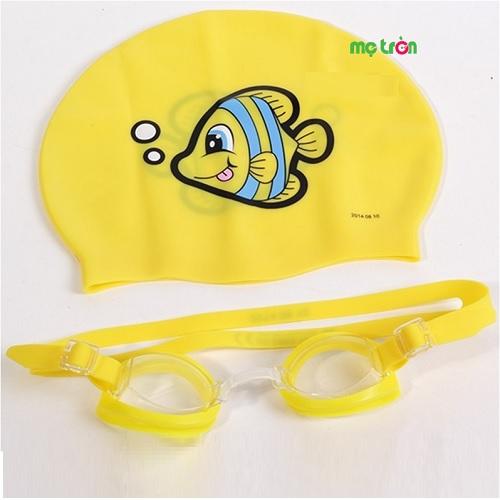 Bộ mũ kính bơi Bestway 26026 trẻ em được làm từ chất liệu cao cấp với độ bền cao, không gây kích ứng hay dị ứng da, rất an toàn sức khỏe của trẻ. Bộ mũ và kính bơi là dụng cụ hỗ trợ thiết thực giúp bé học bơi hiệu quả, dùng cho bé bơi, khi du lịch biển hay có thể dùng tại nhà cho bé.
