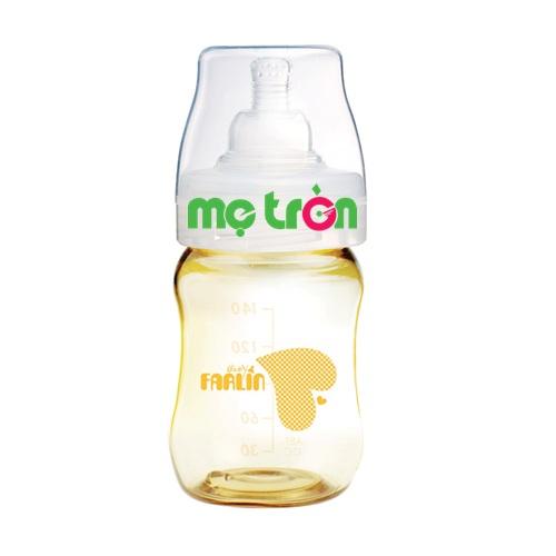 Bình sữa Farlin PES 880 140ml không chứa chất BPA gây hại là dòng sản phẩm chất lượng cao cấp của thương hiệu Fralin. Bình được làm từ chất liệu nhựa PES cao cấp, hoàn toàn không chứa BPA gây hại cho sức khỏe của bé. Bên cạnh đó, với thiết kế độc đáo phần thân bo vào trong giúp bé cầm trên tay chắc chắn, không dễ rơi.