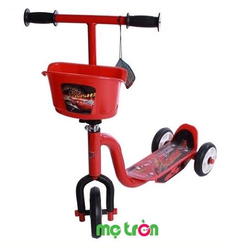 Xe trượt Scooter 3 bánh có giỏ Mcqueen Disney an toàn và tinh tế là dòng sản phẩm xe thiết kế dành riêng cho bé mang thương hiệu Pháp nổi tiếng trên thế giới. Chiếc xe không chỉ giúp cho bé có thể thỏa sức vui đùa và khám phá mọi thứ xung quanh mà còn cho bé rèn luyện sức khỏe, tạo sự khéo léo, năng động.
