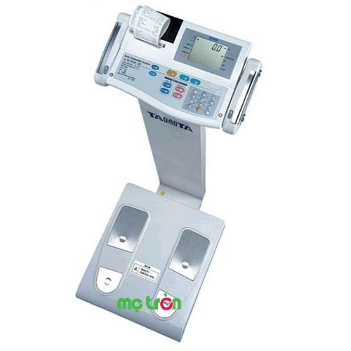 Cân sức khỏe và kiểm tra độ béo chính xác có in kết quả Tanita BC418 là sự kết hợp hoàn hảo giữa dòng sản phẩm chuyên dụng BF và model phân tích 5 phần cơ thể BC 545. Đồng thời thêm tính năng Goal Setter giống như TBF-300 thuận tiện cho người sử dụng. Cân sức khỏe và kiểm tra độ béo chính xác có in kết quả Tanita BC418 thực sự là lựa chọn số 1 của các bác sĩ trên toàn thế giới.