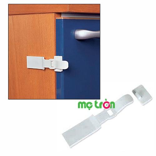 Khóa tủ lạnh cao cấp từ Ý Brevi BRE326 được thiết kế dạng bản lề, đầu móc an toàn giúp cố định hiệu quả cho bạn khóa chặt tủ lạnh một cách chắc chắn mà không lo sợ bé tự ý mở ra.