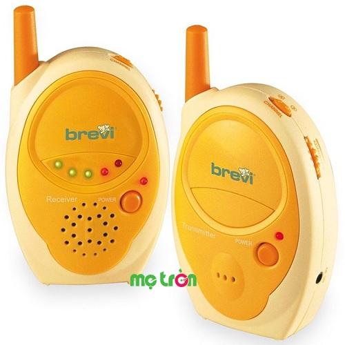 Máy báo khóc Brevi Monitor Plus BRE 340 âm thanh siêu rõ phù hợp với các bé từ sơ sinh trở lên, máy sử dụng công nghệ kết nối hai chiều giúp mẹ có thể vừa theo dõi tình trang của bé vừa có thể dỗ dành bé qua thiết bị sẽ khiến bé an tâm hơn như lúc nào cũng có mẹ bên cạnh. Thiết kế giống như 2 chiếc bộ đàm xinh xắn, kiểu dáng gọn nhẹ và tiện lợi, dễ dàng để mẹ mang theo khi di chuyển trong phạm vi 300m.