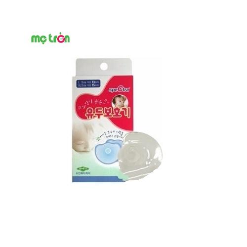 Trợ ty Spectra là sản phẩm nhập khẩu trực tiếp từ Hàn Quốc được làm từ chất liệu cao sụ an toàn cho sức khỏe mẹ và bé. Sản phẩm gồm có 2 chiếc trong 1 hộp với 2 kích cõ khác nhau là 13mm và 15mm.