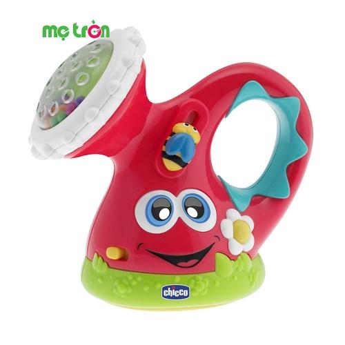 Xúc xắc bình tưới có phát nhạc Chicc được thiết kế với hình bình tưới cây đáng yêu cùng màu sắc tươi sáng sẽ khiến bé thích thú khi chơi. Sản phẩm được làm từ chất liệu nhựa cao cấp, rất bền và an toàn, không chứa BPA, có thể phát nhạc, là món đồ chơi thú vị dành cho các bé từ 6 tháng trở lên.