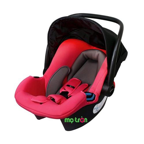 <p>Ghế ngồi ô tô Fedora C0 thiết kế nhỏ gọn an toàn là sản phẩm rất tiện lợi cho bé khi vừa sử dụng là ghế ngồi ô tô vừa có thể sử dụng như chiếc nôi xách tay hoặc có thể gắn vào xe đẩy Fedora S9 và S7 tùy vào nhu cầu sử dụng và độ tuổi của bé.</p>