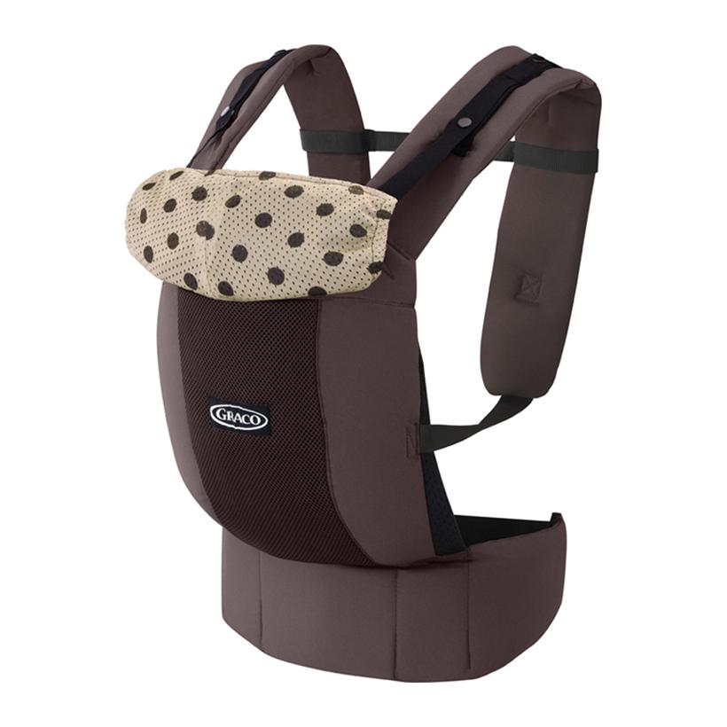 <p>Địu em bé Graco Roopop nâu chấm bi GC-A067334 an toàn và chắc chắn là dòng sản phẩm cao cấp với nhiều tính năng tiện dụng. Địu được làm từ chất liệu vải mềm mại, thoáng khí cùng dây đai đeo tiện lợi để bố mẹ có thể địu bé đi đến bất cứ nơi nào.</p>