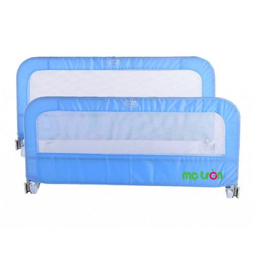 Chặn giường đôi Summer 12434 màu xanh từ Mỹ là sản phẩm chất lượng của thương hiệu Summer. Khung được thiết kế chắc chắn và được bọc lớp vải mềm mại để không làm đau đến bé. Sản phẩm này sẽ giúp mẹ chăm sóc giấc ngủ ngọt ngào của bé.
