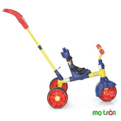 Xe đạp 3 bánh có dây đai an toàn cho bé Little Tikes LT-634031 là sản phẩm mang thương hiệu đến từ Mỹ được làm từ chất liệu thép chất lượng cao, chắc chắn, vững vàng sẽ mang đến cho bé những chuyến đi vận động thú vị. Sản phẩm có thiết kế với trọng tâm thấp kèm có 3 bánh giúp bé dễ dàng điều khiển và không bị té ngã.