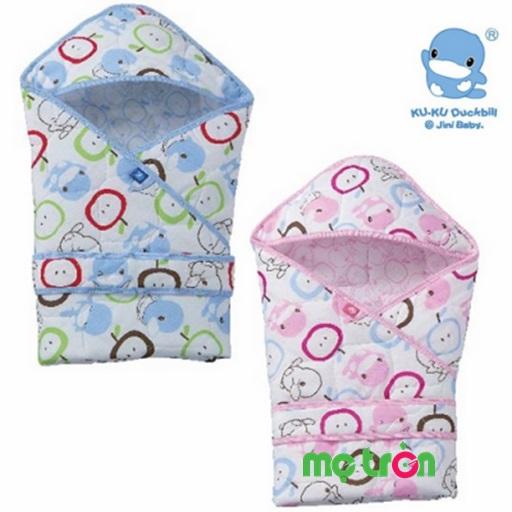 Giới thiệu Khăn choàng quấn bé KuKu được làm từ chất liệu 100% cotton mềm mại, cho bé giấc ngủ an toàn. Thiết kế tiện dụng khi có mũ trùm đầu cùng với chiều dài của khăn quấn vô cùng phù hợp với cơ thể bé.