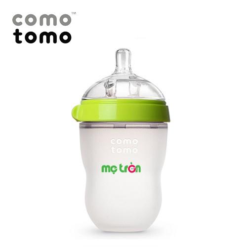 <p>Bình sữa Comotomo 250ml tiện dụng và an toàn cho bé (màu xanh - CT00013) là sản phẩm bình sữa từ thương hiệu Cotomoto tại Mỹ, được làm từ silicone cao cấp dùng trong y khoa, hoàn toàn không chứa BPA độc hại, an toàn cho bé khi bú bình. Thân bình được làm từ chất liệu mềm mịn như da mẹ mang đến cảm giác thoải mái, gần gũi như khi được bú mẹ.</p>