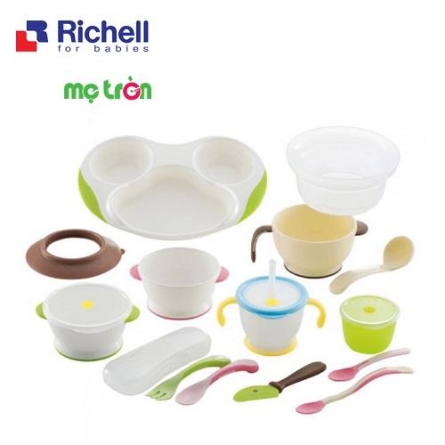 - Sản phẩm làm từ chất liệu nhựa cao cấp, an toàn cho sức khỏe của bé. - Dùng được trong lò vi sóng - Dễ dàng vệ sinh cọ rửa.