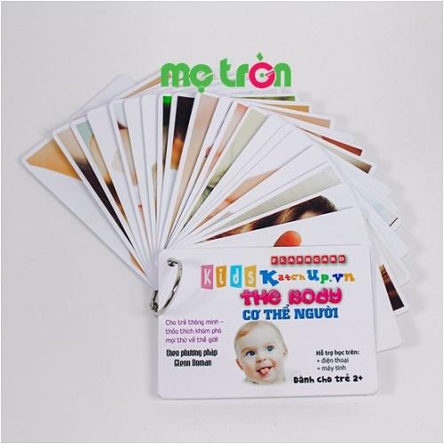 <p>- Bộ Flashcard cho bé Tiếng Anh KatchUp - Bộ phận cơ thể gồm 30 thẻ in từ vựng về các bộ phận cơ thể.</p> <p>- Chất liệu giấy glossy cao cấp, thiết kế 4 góc được bo tròn an toàn cho bé</p> <p>- Phông chữ 3 màu nổi bật tương ứng với từ vựng tiếng Anh, tiếng Việt và phiên âm.</p>