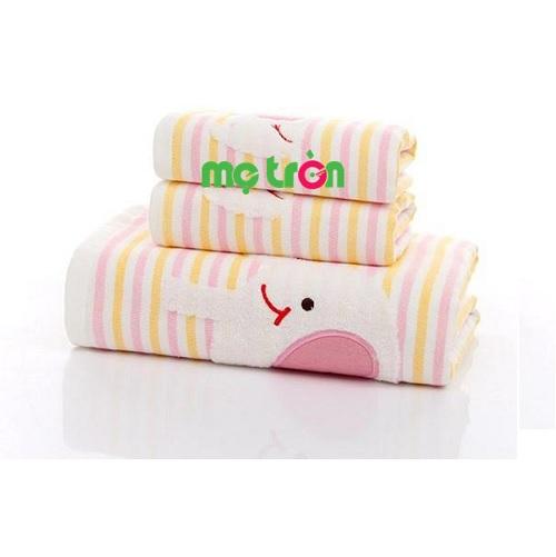 - Khăn Gia An cotton 2 lớp cao cấp 70x140 KC2327 được làm từ chất liệu cotton cao cấp, an toàn. - Màu sắc tươi sáng và độ bền sử dụng cao. - Thích hợp sử dụng cho mọi thành viên trong gia đình.